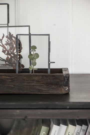 Ib Laursen, Puulaatikko metallisomistein, Kierrätettyä puuta, Uniikki