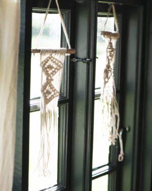 Ib Laursen, Wall Decoration, Minimakramee, Luonnonvalkoinen