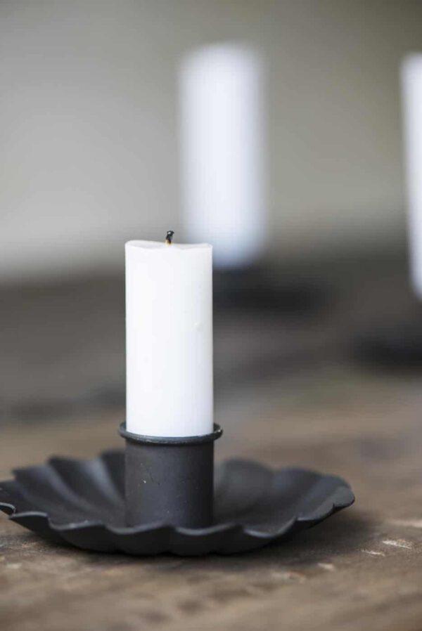 Ib Laursen, Flower-kynttilänjalka, Metalli, Musta